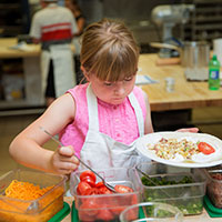 Giving kids a choice can help reduce the struggle to get them to eat vegetables.