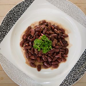 The global market for healthy convenience food, like these heat-and-eat vegetarian red beans, is rapidly growing.